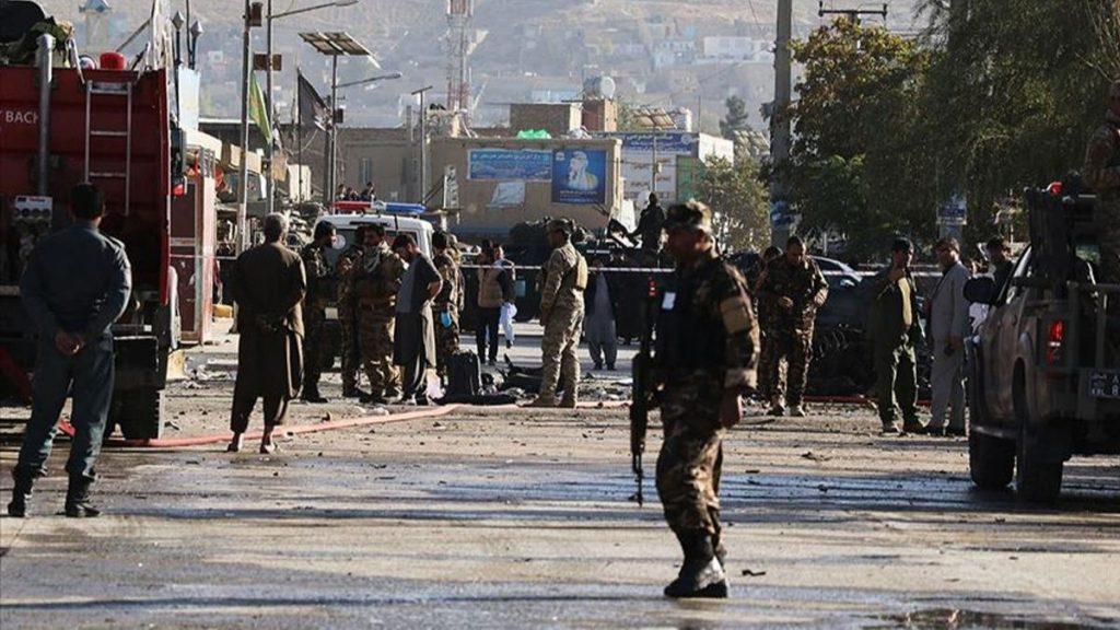 Afganistan'da devlet memurlarına bombalı saldırı: 4 ölü