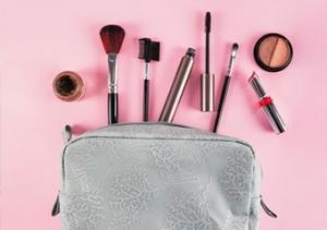 Her makyaj çantasında olması gereken 8 ürün